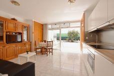 Apartamento en Puerto del Carmen - Colina del Sol Lanzarote Pool with sea view