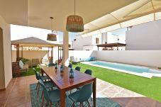 Villa en Costa Teguise - Las Caletas del Mar - Private Pool